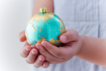 Christmas Gift-giving in Various Nations
